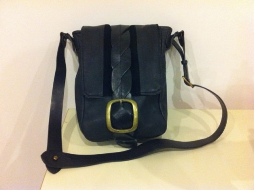 Half NOEL Messenger Recycled Leather Bag