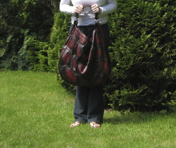 Chesterfield Sofa Hobo Bag